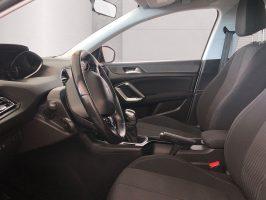 Peugeot 308_09
